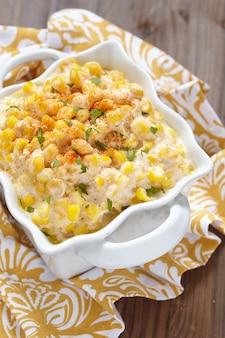 Kremowa sałatka kukurydziana