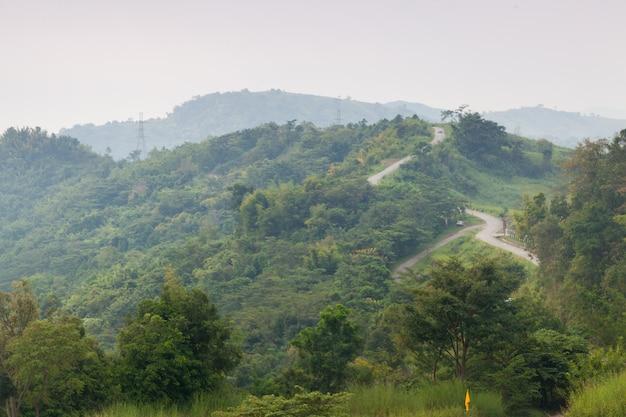Krętackie drogi na górze