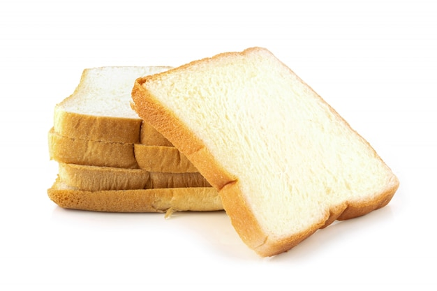 Kromka chleba na białym tle