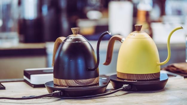Kroplówka czajnik kawy na kuchence
