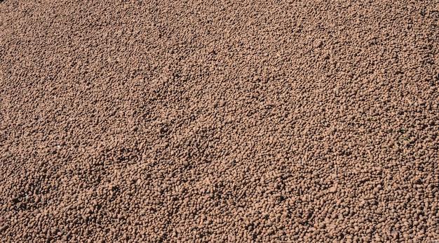Kruszywo z gliny ekspandowanej. stosowany w budownictwie do izolacji i izolacji akustycznej