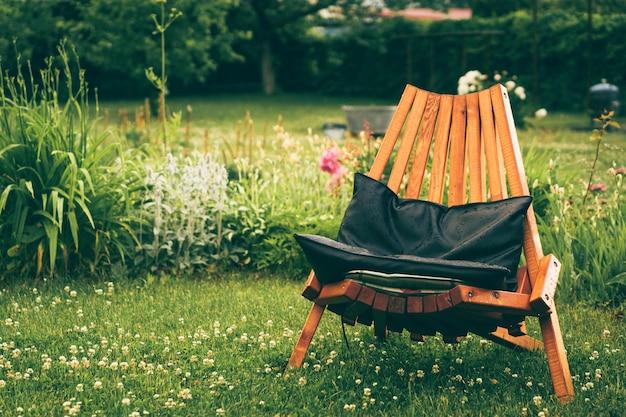 Krzesło na zewnątrz