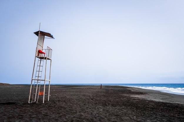 Krzesło wieży ratownika na wyspie fogo, wyspy zielonego przylądka