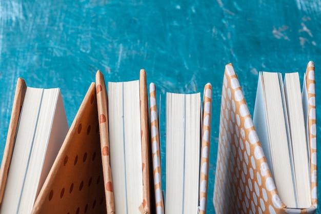 Książki w miękkiej oprawie