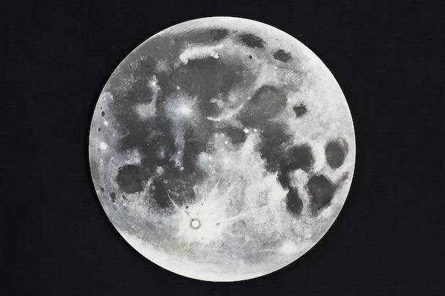 Księżyc. duży księżyc w pełni na ciemnym tle