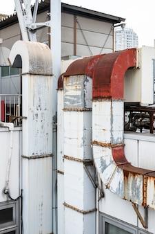 Kształt komina przemysłu metalowego