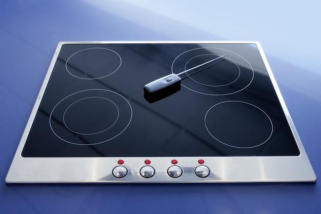 Kuchenka elektryczna z witroceramiczną kuchnią bezprzewodową