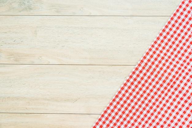 Kuchenny płótno na drewno stole