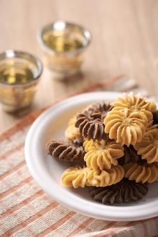 Kue sagu keju, kue tambang i kue semprit. ciasteczka dla lebaran idul fitri eid mubarak