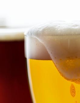 Kufle piwa makro fotografia