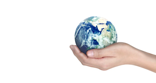 Kula ziemska, ziemia w ludzkiej dłoni, trzyma świecącą naszą planetę. zdjęcie dostarczone przez nasa