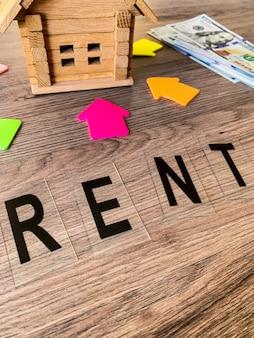 Kup lub wynajmij dom, koncepcja nieruchomości,