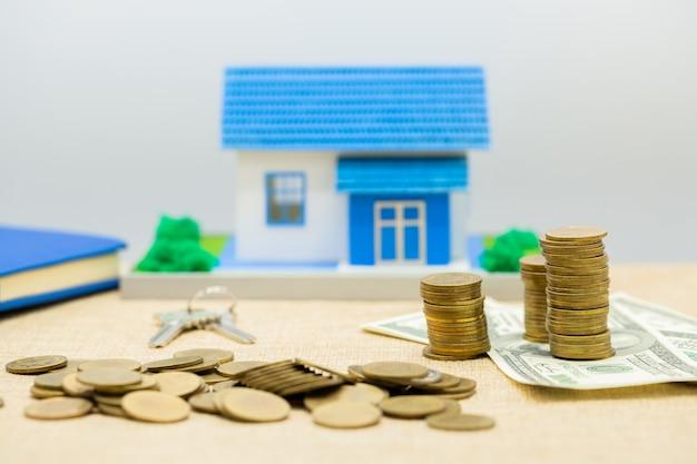 Kupie klucze, dom i pieniądze