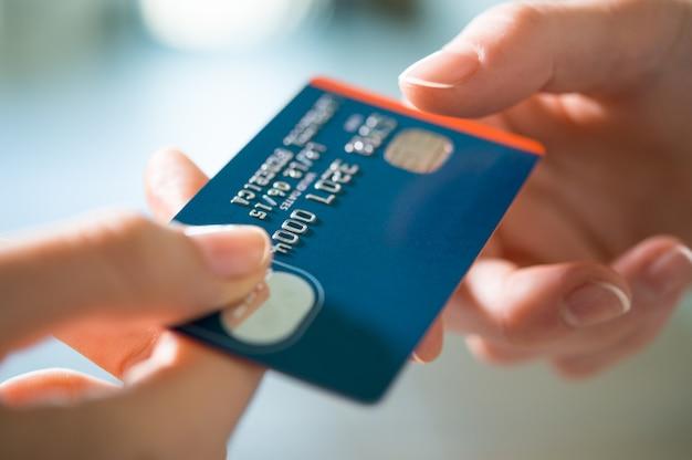 Kupowanie kartą kredytową