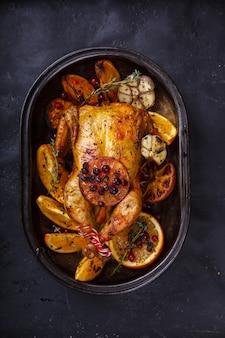 Kurczak pieczony. kolacja dziękczynienia.