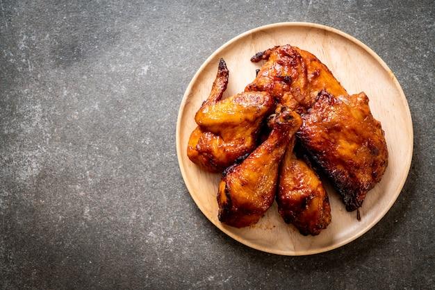 Kurczak z grilla i barbecue