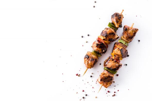 Kurczaka shish kebab z warzywami odgórnego widoku kopii przestrzenią