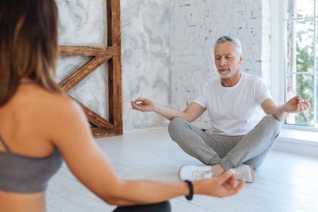 Kurs medytacji.