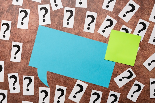 Kwestionowanie niepewnych myśli, omawianie nierozwiązanych problemów, badanie koncepcji sporu, rozwiązywanie skomplikowanych zagadnień tematycznych, pisanie ważnych pytań