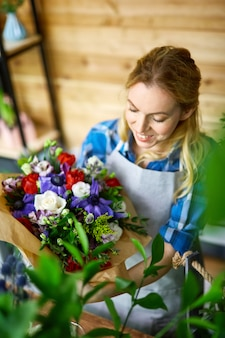 Kwiaciarnia w pracy