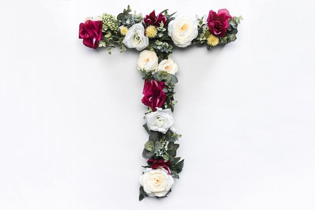 Kwiatowy monogram kwiatowy list t
