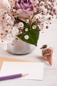 Kwiaty hortensji w doniczce