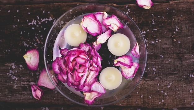 Kwiaty i świece