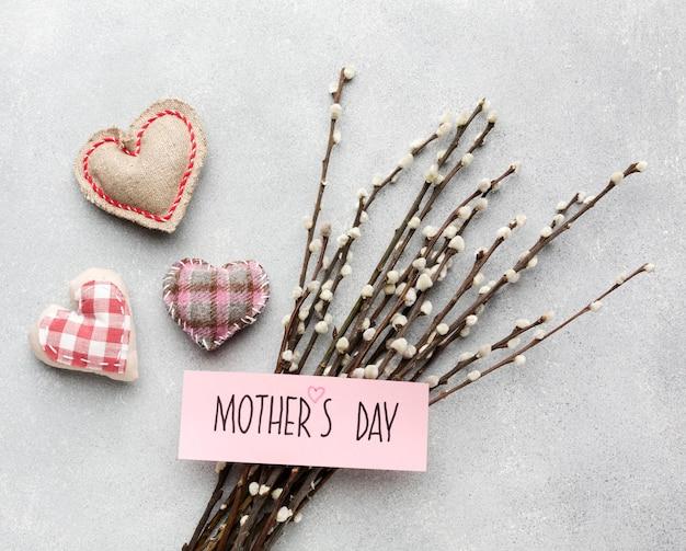 Kwiaty oddziałów na dzień matki