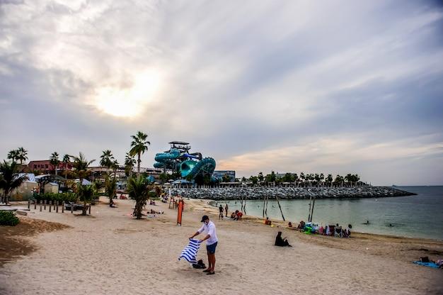 La mer beach resort w dubaju