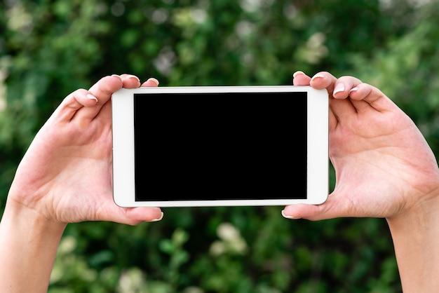 Łączenie ludzi, wideorozmowy głosowe, sprzęt komunikacyjny, urządzenie do rozwiązywania problemów, nowoczesne narzędzie, połączenia globalne, przetwarzanie danych, przenośny sprzętowy smartfon