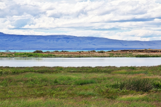 Laguna nimez reserva w el calafate, patagonia, argentyna