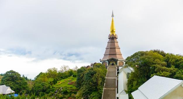 Landmark krajobraz pagoda noppamethanedol park