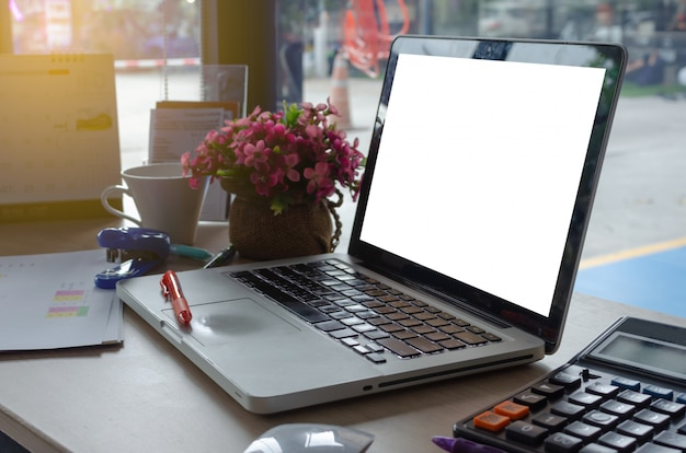 Laptop i wykres