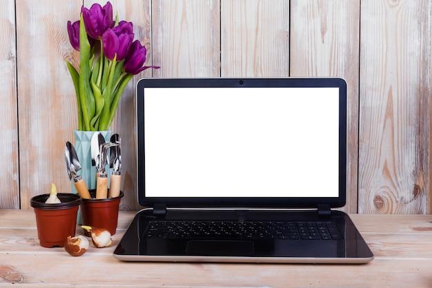 Laptop szablon z koncepcji ogrodnictwa
