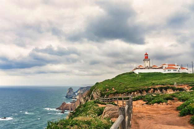 Latarnia morska cabo da roca w sintrze, portugalia