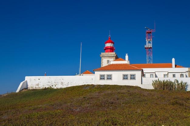 Latarnia morska w zachodnim punkcie europy w portugalii cabo da roca