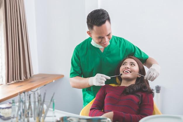 Leczenie w gabinecie dentystycznym