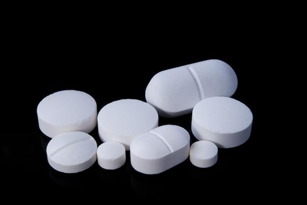Leki w kolorze czarnym