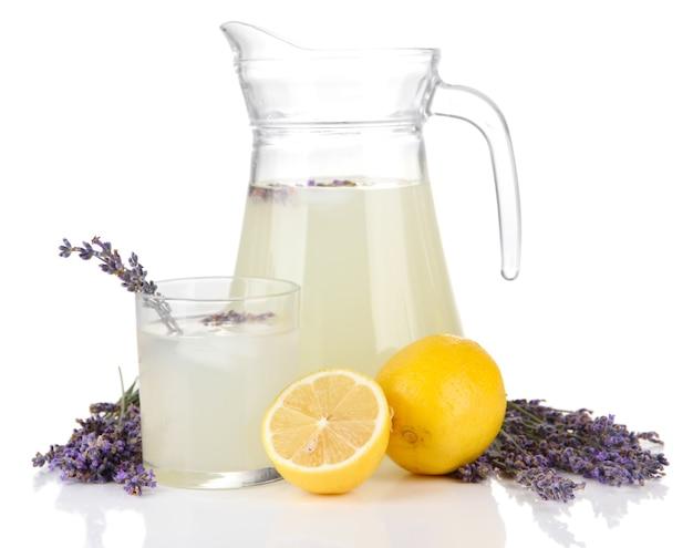 Lemoniada lawendowa, na białym tle