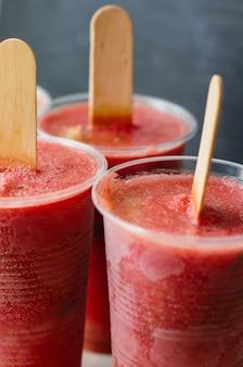 Letni deser ze świeżym arbuzem