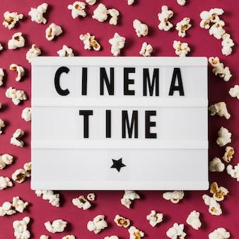 Lightbox z tekstem czasu kinowego