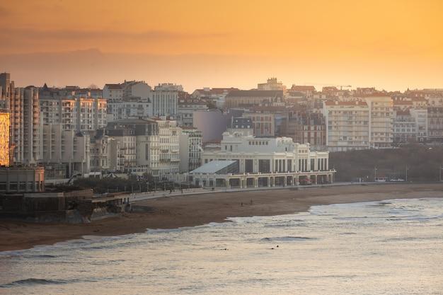 Linia brzegowa biarritz w kraju basków.
