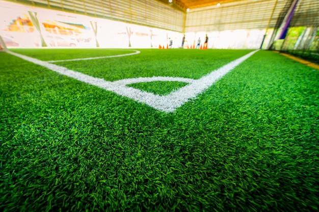 Linia narożna kryte boisko do treningu piłki nożnej