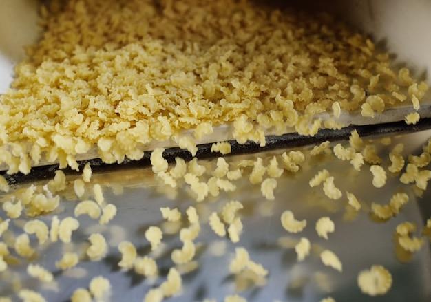 Linia przenośnika do produkcji makaronu