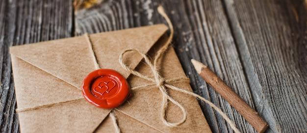 List miłosny i ołówek