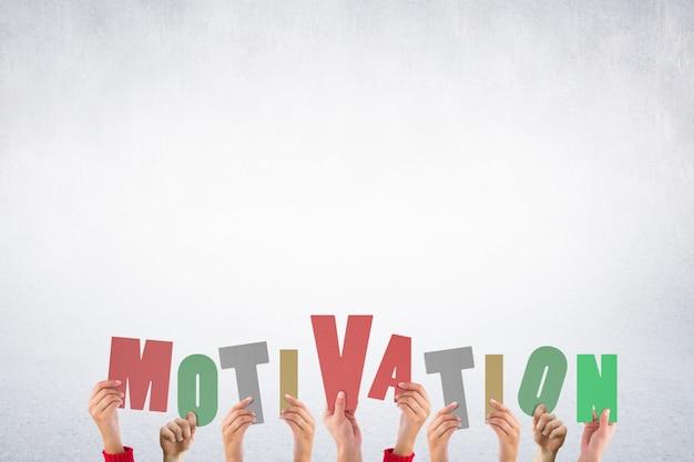 Litery tworzące słowo motywacja