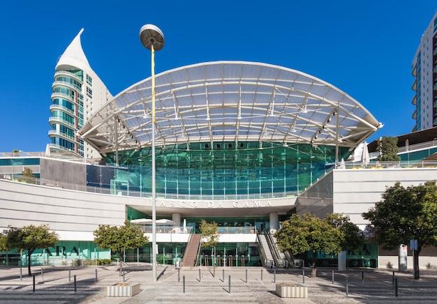 Lizbona, portugalia - 16 lipca: centrum handlowe vasco de gama 16 lipca 2014 r. w lizbonie, portugalia