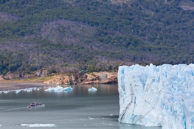 Lodowiec perito moreno w argentynie