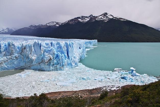Lodowiec perito moreno w pobliżu el calafate w patagonii w argentynie