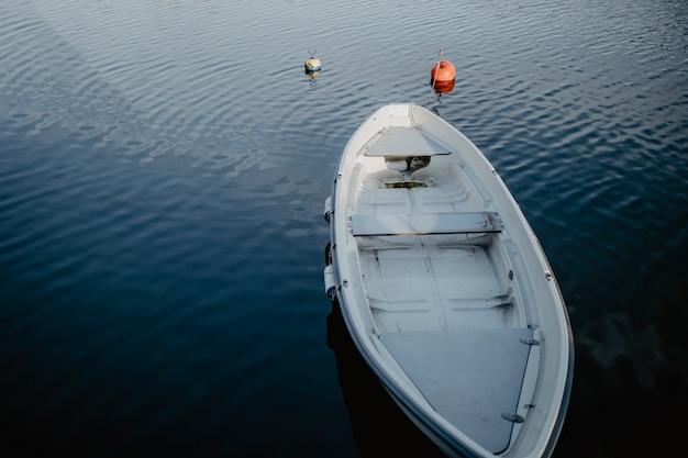 Łódź w wodzie
